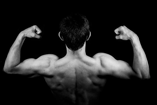 Ejercicios-para-adelgazar-y-aumentar-masa-muscular